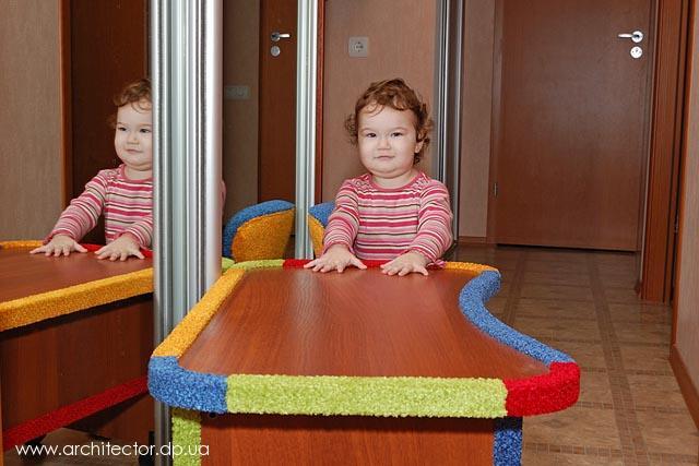 как сделать стул-стол для кормления своими руками.